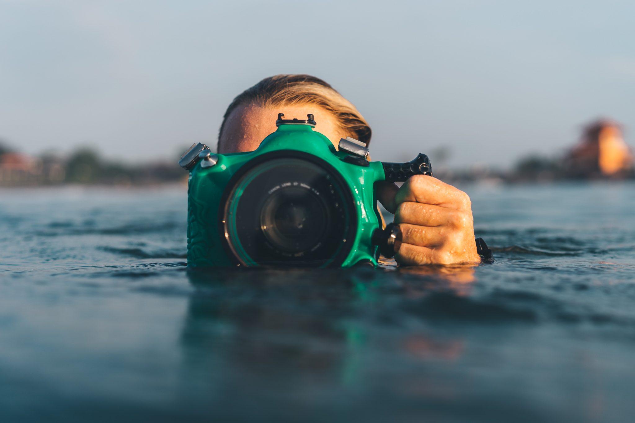 Arbeiten und surfen: 5 Surf Jobs, die garantiert Spaß machen!
